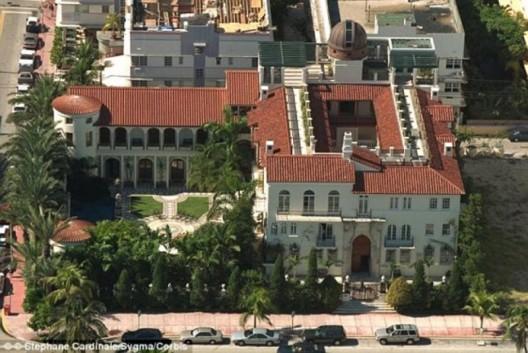 Versace's tragic Miami mansion set for auction