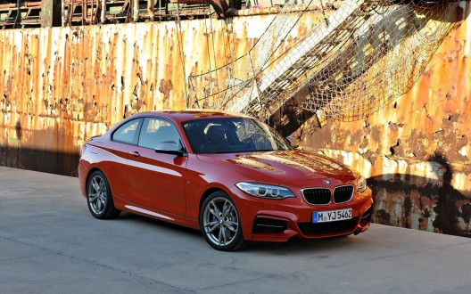 2014-BMW-2-Series-Coupe-10