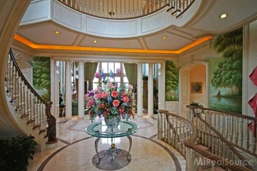 Art Van Founder's Lakeside Mansion on Sale for $15.9 Million