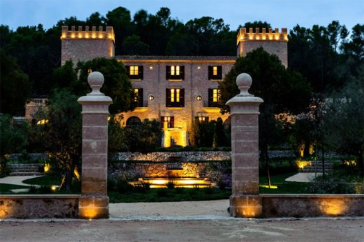 New Mallorca Luxury Resort: Historic Hotel Castell Son Claret