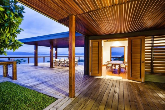 Luxurious South Pacific Holiday Experience: Korovesi Villa