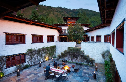 COMO Hotels Launches 7-Night Himalayan Escape & Private Jet Service by Chapman Freeborn