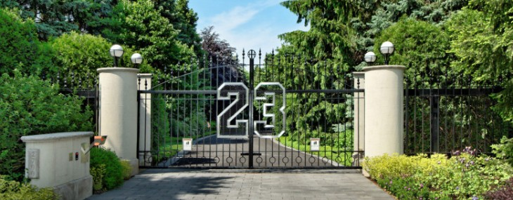 Michael Jordan's Highland Park Estate Goes Under the Hammer