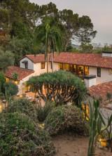 Robert Pattinson's Hacienda-style Home in Los Feliz on Sale for $6,75 Million