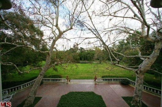 Historic Holmby Hills property, designed by world-renowned architect Wallace Neff has been listed on sale for $75 million