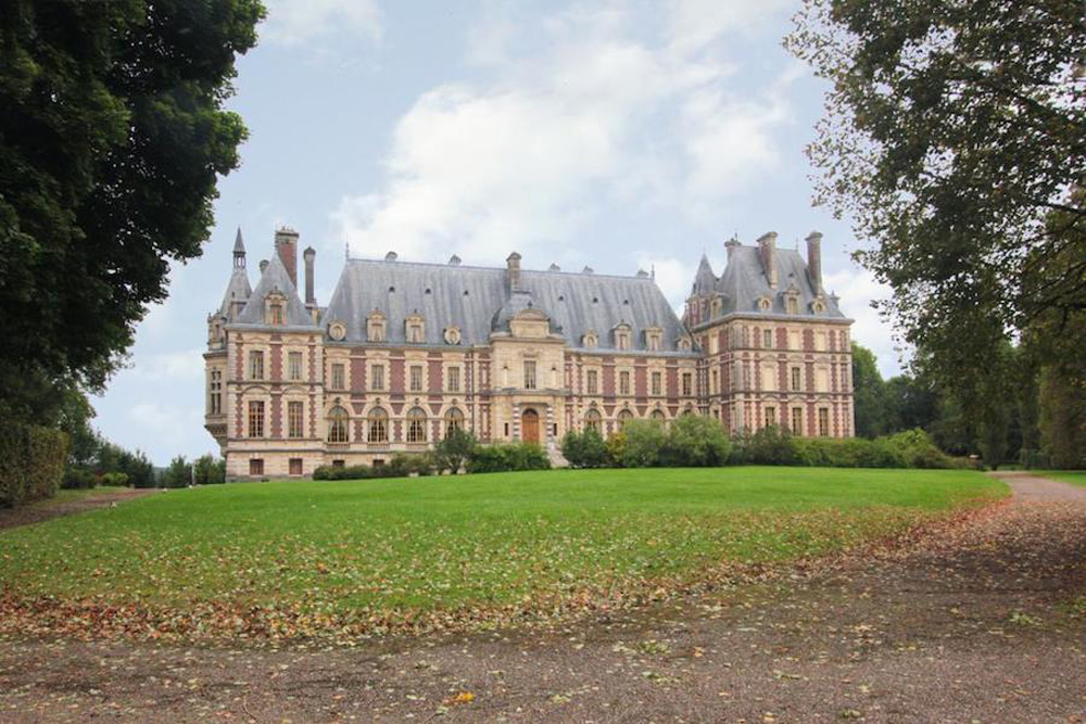 Historic Castle Vesoul in Franche Comté on Sale for €12,6 Million