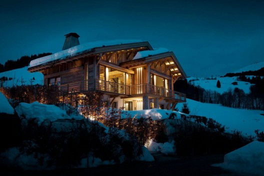 Luxury Winter Vacation Retreat in the French Alps: Chalet Cyanella