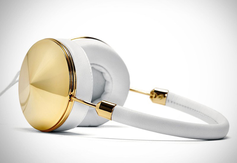 Masterfully Crafted Accessories Inspired By Vintage Jewellery: Gold Layla Headphones