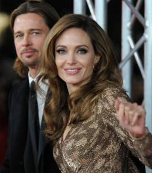 Angelina Jolie buys heart-shaped island for Brad Pitt