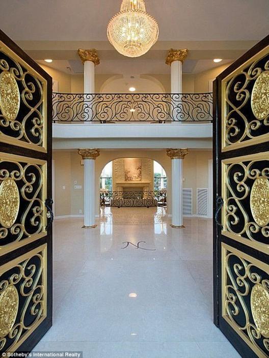 Casa de Shenandoah has been listed on sale for $48 million