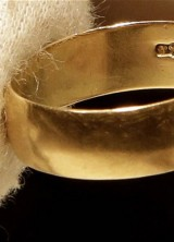 Lee Harvey Oswald's Wedding Band Sold for $108,000 at Auction