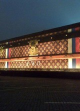World's Largest Louis Vuitton Trunk at Moscow's Red Square