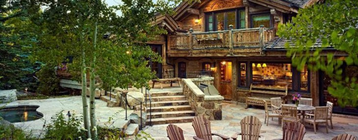 Old-World-Ski-Chalet-1