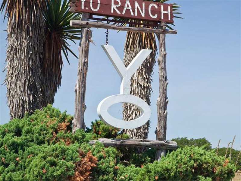 Y.O. Ranch Road at Hwy 41, Mountain Home, Texas