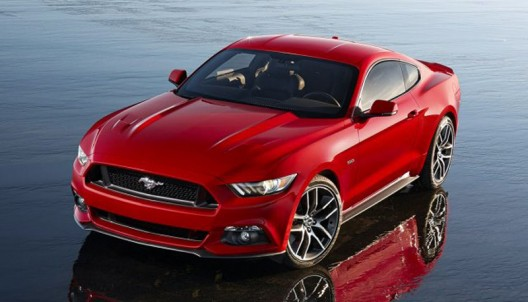 2015 Ford Mustang prepares to take on the world with a right hand version