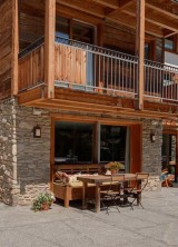 Friendly Ski Retreat in the Swiss Alps: Chalet Ibron