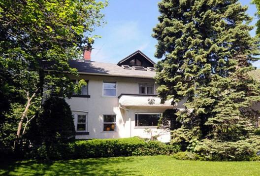 $940,000 for John Cusack's Family Home in Evanston