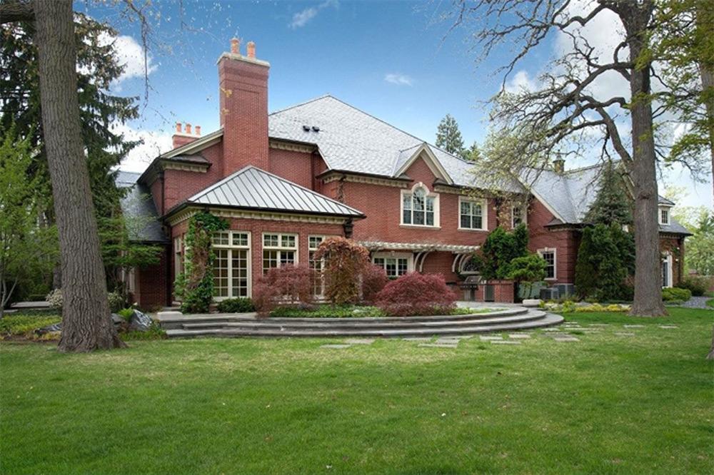 Deerfield Residence