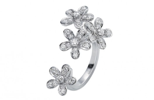 Luxe Diamond Breeze Collection by Van Cleef & Arpels