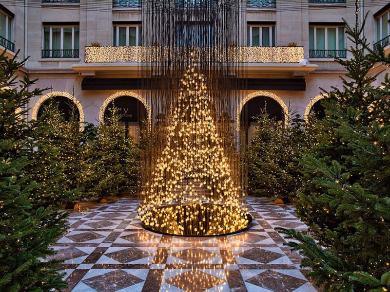 Electric Light Bulb Christmas Tree and Golden Reindeer at Four Seasons Hotel George V Paris