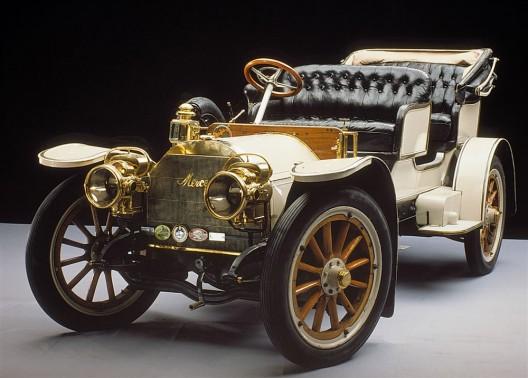 "the oldest ""living"" Mercedes"