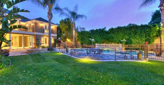 NaVorro Bowman's New Home in San Jose