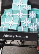 Tiffany and Co. Christmas Carrage Caused Uproar in London