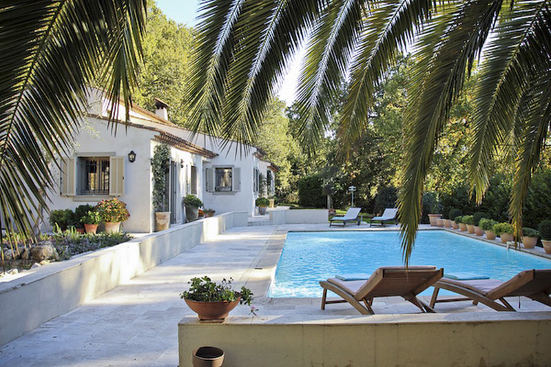 Affordable Riviera New Range Of Luxury Rental Villas In France Extravaganzi