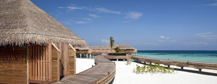 Constance Moofushi: A Barefoot Elegance Resort Among the Maldives Islands