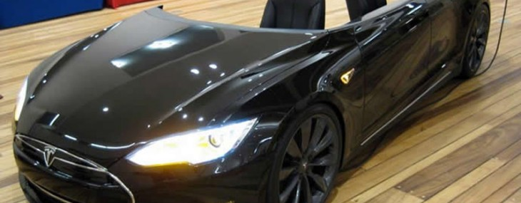 $70,000 Tesla Model S turned into office desk named 'Deskla'