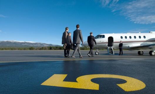 Gérard Depardieu opens private airline