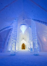 Disney's Frozen-inspired Suite at Hotel de Glace – Ice Hotel in Quebeck