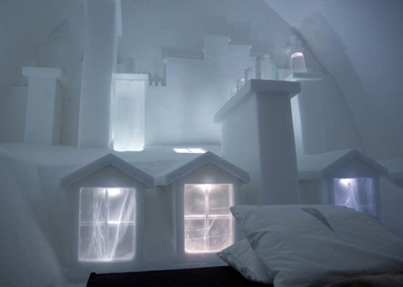 The new suite at Sweden's iconic Icehotel transports you to the picturesque rooftops of Paris