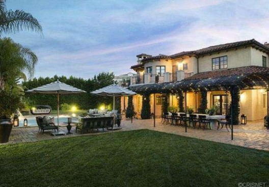 Khloe Kardashian and Lamar Odom put their California mansion on market – see inside