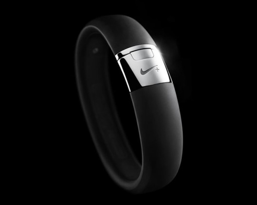 Limited edition Nike+ FuelBand will come in shiny silver