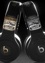 "$25,000 Diamond Encrusted ""Beats By Dre"" Headphones for The Super Bowl Players"