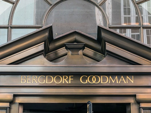 Landmarked 22 Central Park South With Bergdorf Goodman Touch