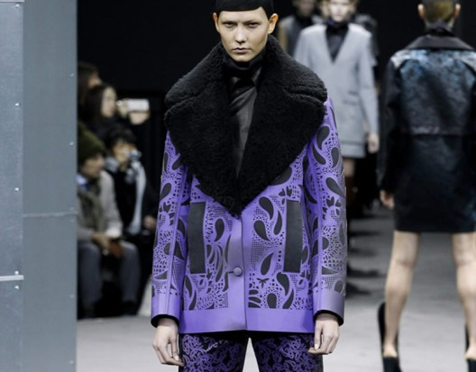 Alexander Wang unveils a $8,000 color changing thermo reactive coat