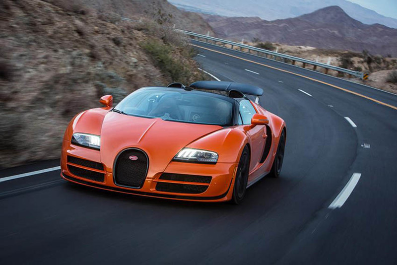The Bugatti Dynamic Drive Experience Wants You to Push the Veyron Grand Sport Vitesse to Its Limits