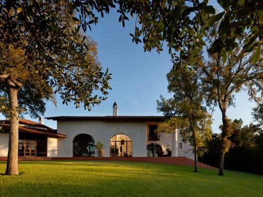 Casa Santuario in tony Tarrytown, Austin on Sale by Concierge Auctions