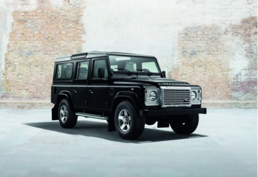 Defender XS with new packages, Black Pack and Silver Pack