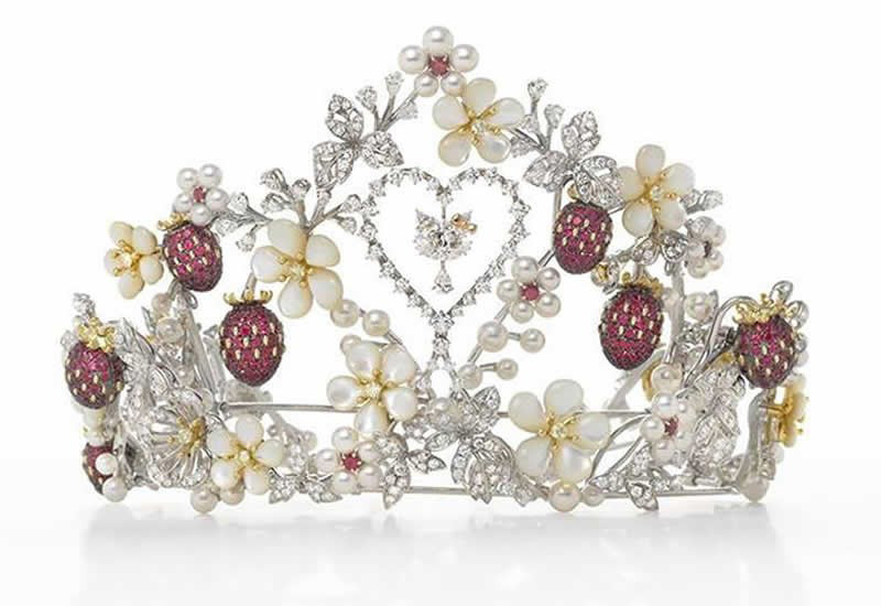 Unique Hello Kitty Tiara By Mikimoto Dazzles With Diamonds And Pearls