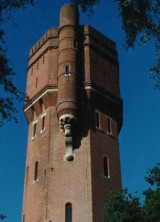 Water Tower Converted Into Home Near Guildford, UK