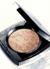 New Chanel's Dentelle Précieuse Illuminating Powder