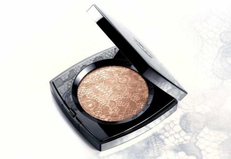 "Chanel's ""Dentelle Précieuse"" Illuminating Powder"