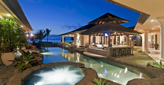 Hale O'ola – Luxury Villa with Waterfalls in Hawaii