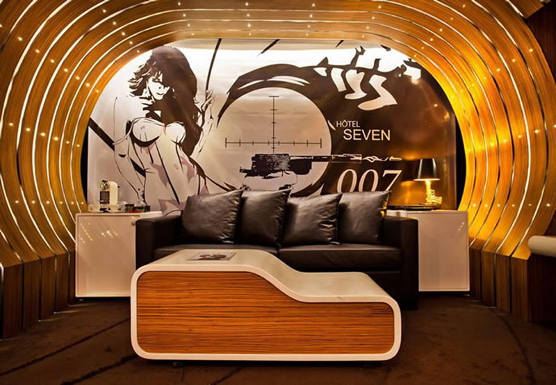 Parisian Hotel Offers Luxurious James Bond Themed Suite