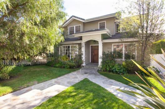 Phil and Claire's 'Modern Family' Home for Sale
