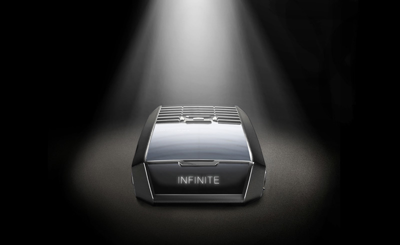 Limited Edition TAG Heuer Meridiist Infinite Uses Light to Charge Phone