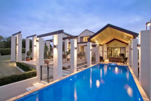 22 Tudor Park - Magnificent Contemporary New Zealand Estate on Sale